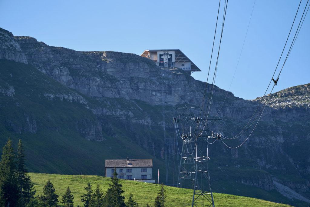 Berggasthaus Stöfeli und Bergstation Chäserugg